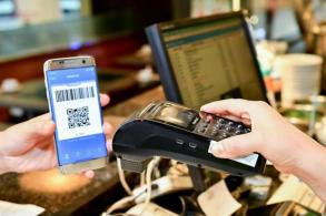Chinese use of mobile money apps unseats cash