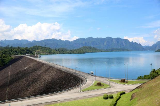 Ratchaprapha dam in Surat Thani is one of five dams to install the floating solar panels. Karnjana Ayuwatanachai