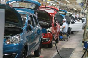 Hybrid electrical vehicle perks renewed with BEV add-on