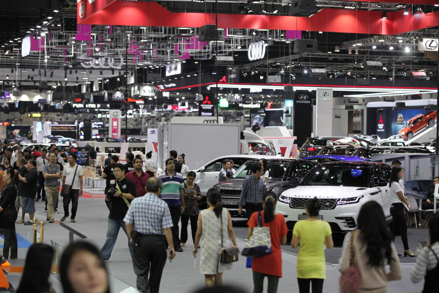 Vehicle sales up 3.7% in sluggish May