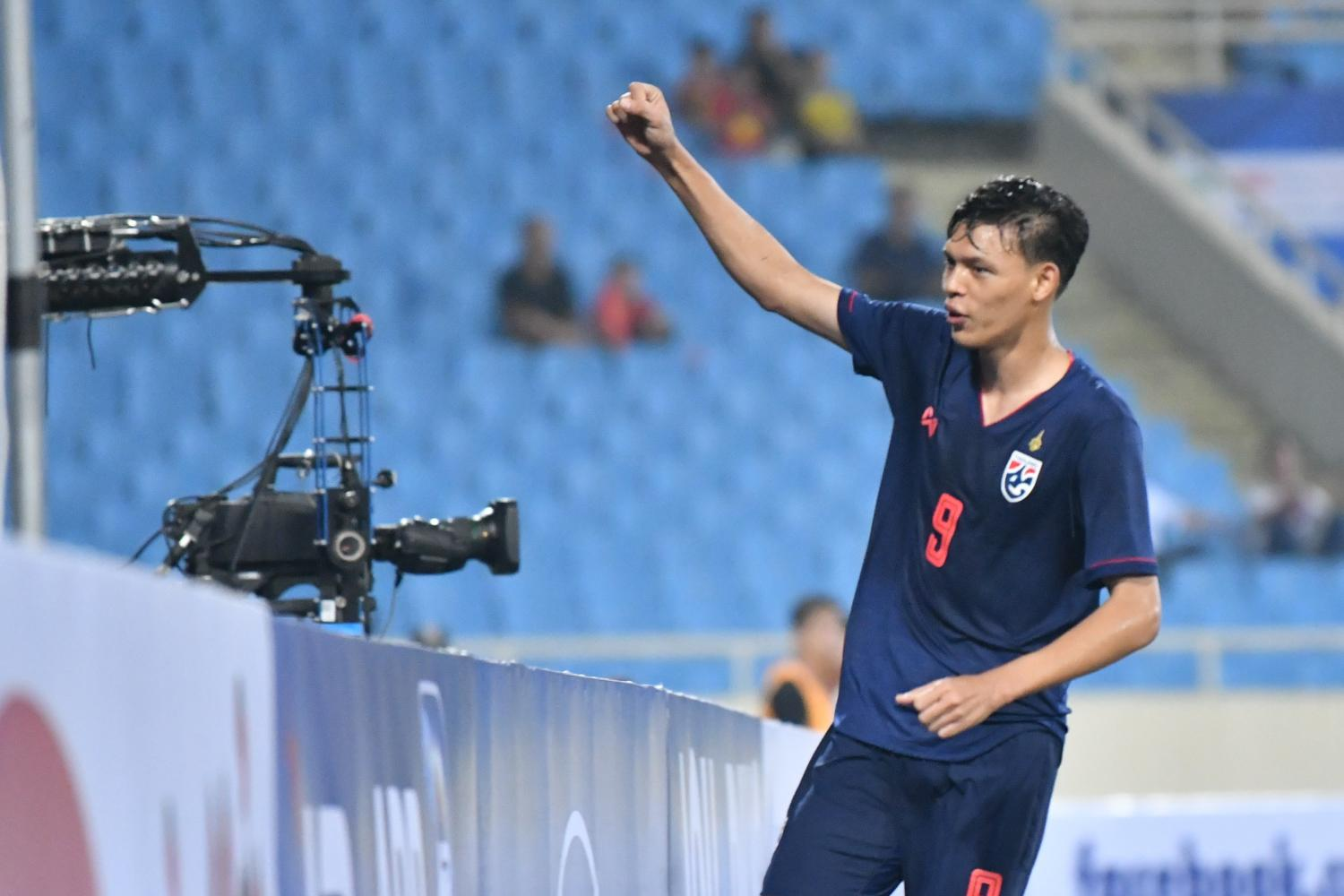 Supachai Chaided is the only striker in the Thai squad for the 2022 World Cup qualifiers.