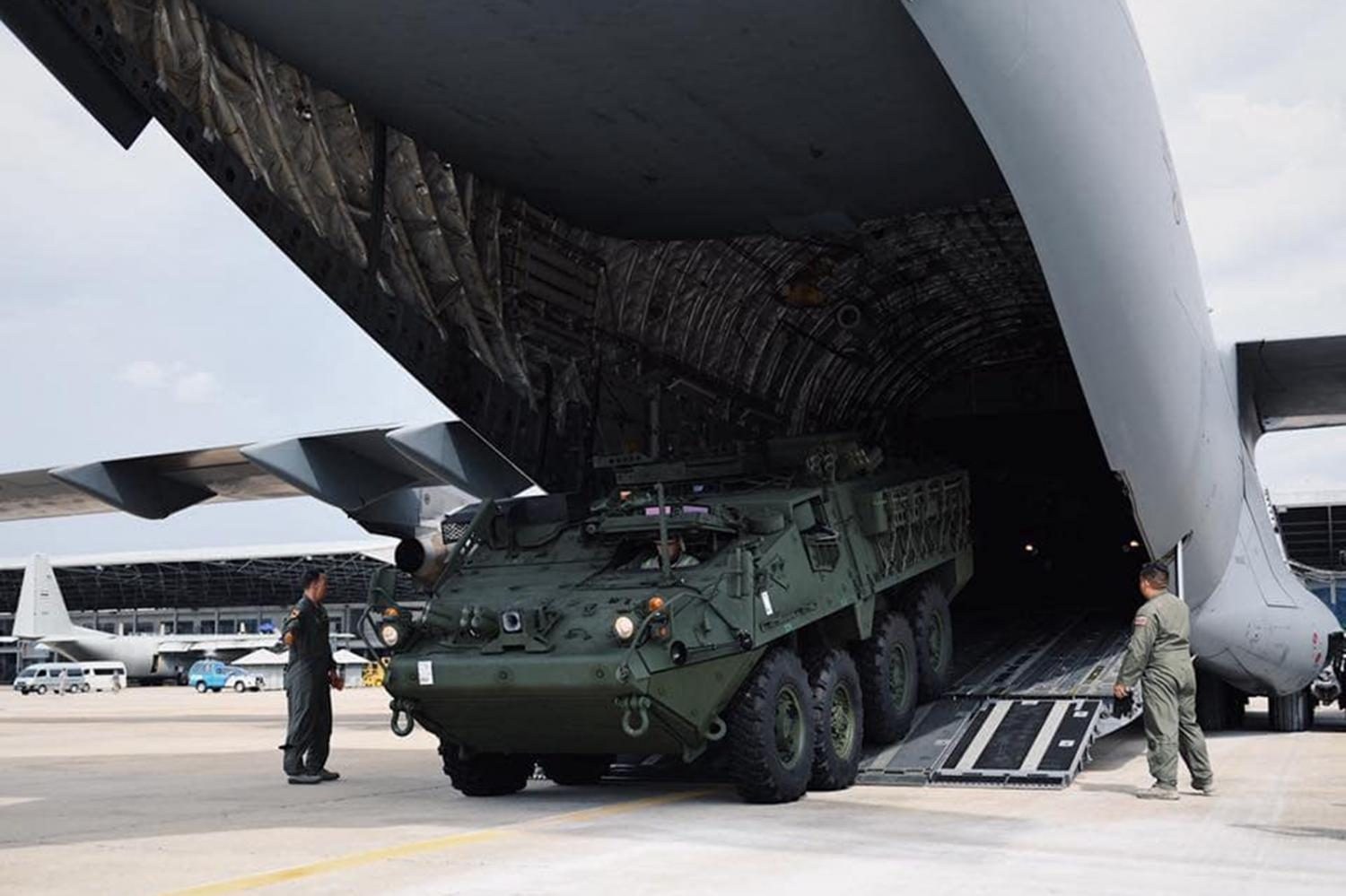 A Stryker tank is unloaded from the US Air Force's aircraft at the Military Air Terminal 2 in Bangkok late last month.FB/SmartSoldiersStrongArmy