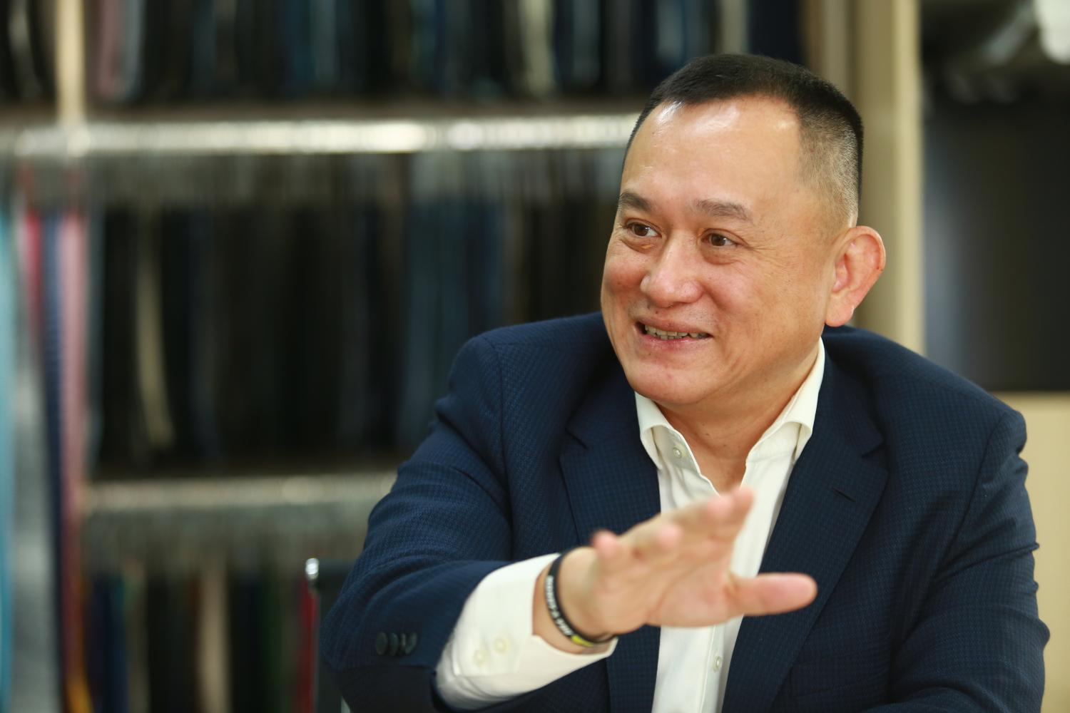 Stanley Kang, chairman of the Joint Foreign Chambers of Commerce in Thailand, talks about the downsides of the draconian TM30 immigration regulation. (Photo by Somchai Poomlard)