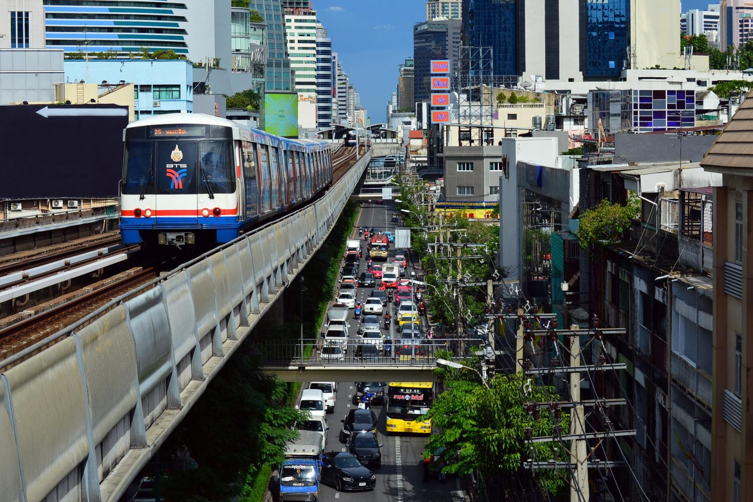 Expats rank Thailand high on personal finance and cost of living.