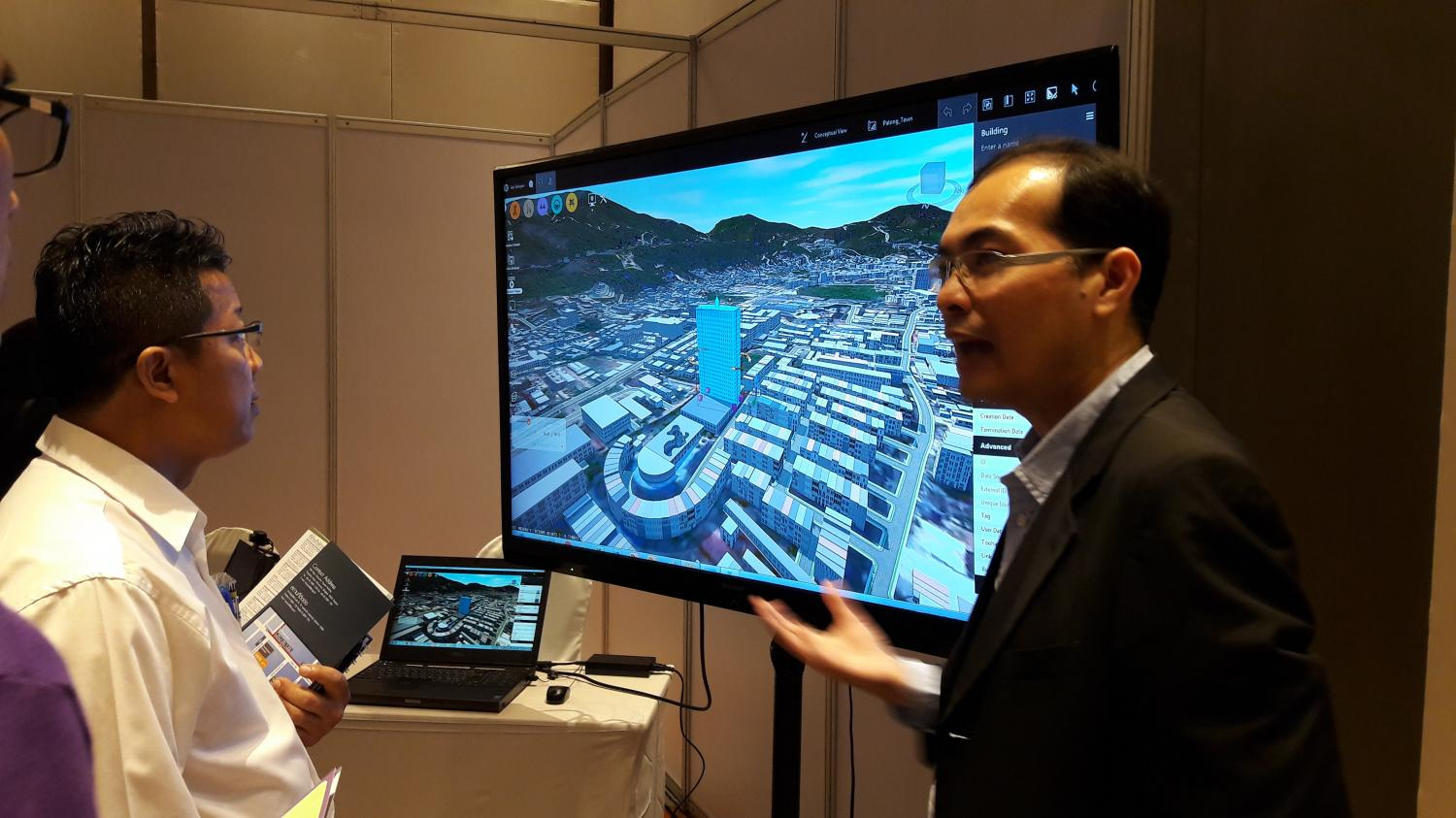 Mapping out the future: Some of the innovations of the Phuket smart city project are demonstrated during its launch last month.