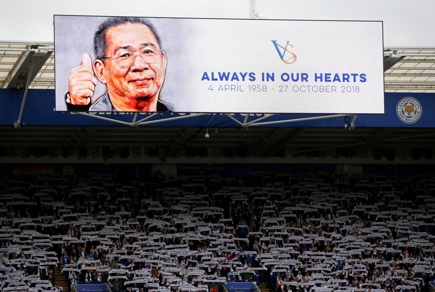 Fans pay their respects to mark the first anniversary of a helicopter crash which claimed five lives including club chairman Vichai Srivaddhana­prabha. reuters