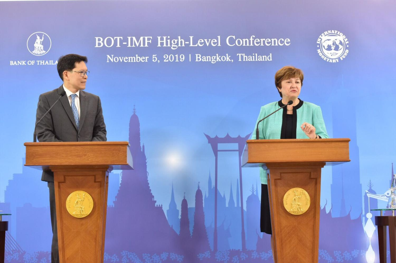 Bank of Thailand governor Veerathai Santiprabhob with IMF managing director Kristalina Georgieva at their joint conference.
