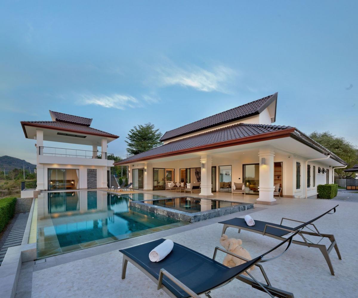 A sample of Villa Kemala at Banyan Residences Villas Hua Hin, priced between 15-80 million baht a unit.
