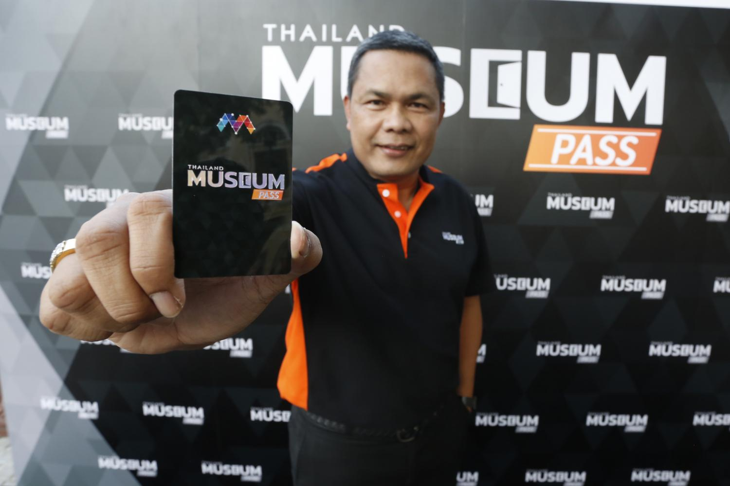 Mr Rames presents the Thailand Museum Pass, which will offer entry to participating museums.