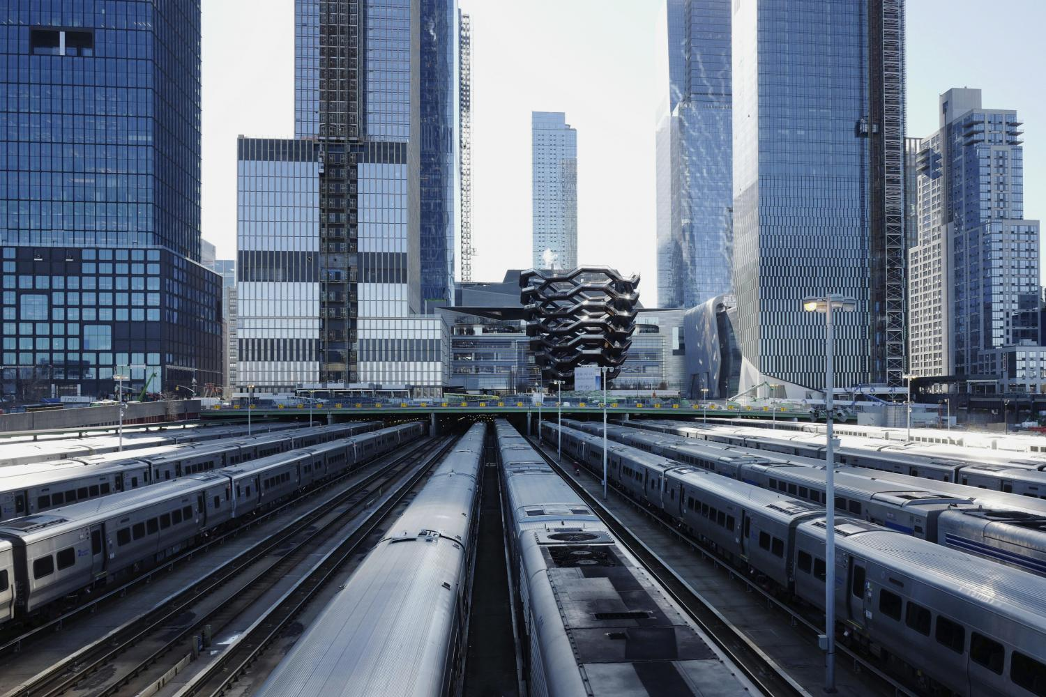 This photo taken on April 1, 2019 shows the Long Island Railroad storage yards and buildings at Hudson Yards in New York. Amazon.com Inc has signed a lease for a new office space in Manhattan that will house more than 1,500 employees, less than a year after pulling out of a deal for a larger headquarters in the borough of Queens.(AP photo)