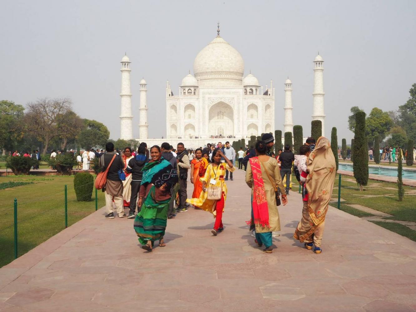 Indian tourists, who are the third-largest country group among tourists in Thailand, at the Taj Mahal in Agra.(Photo by Dusida Worrachaddejchai)