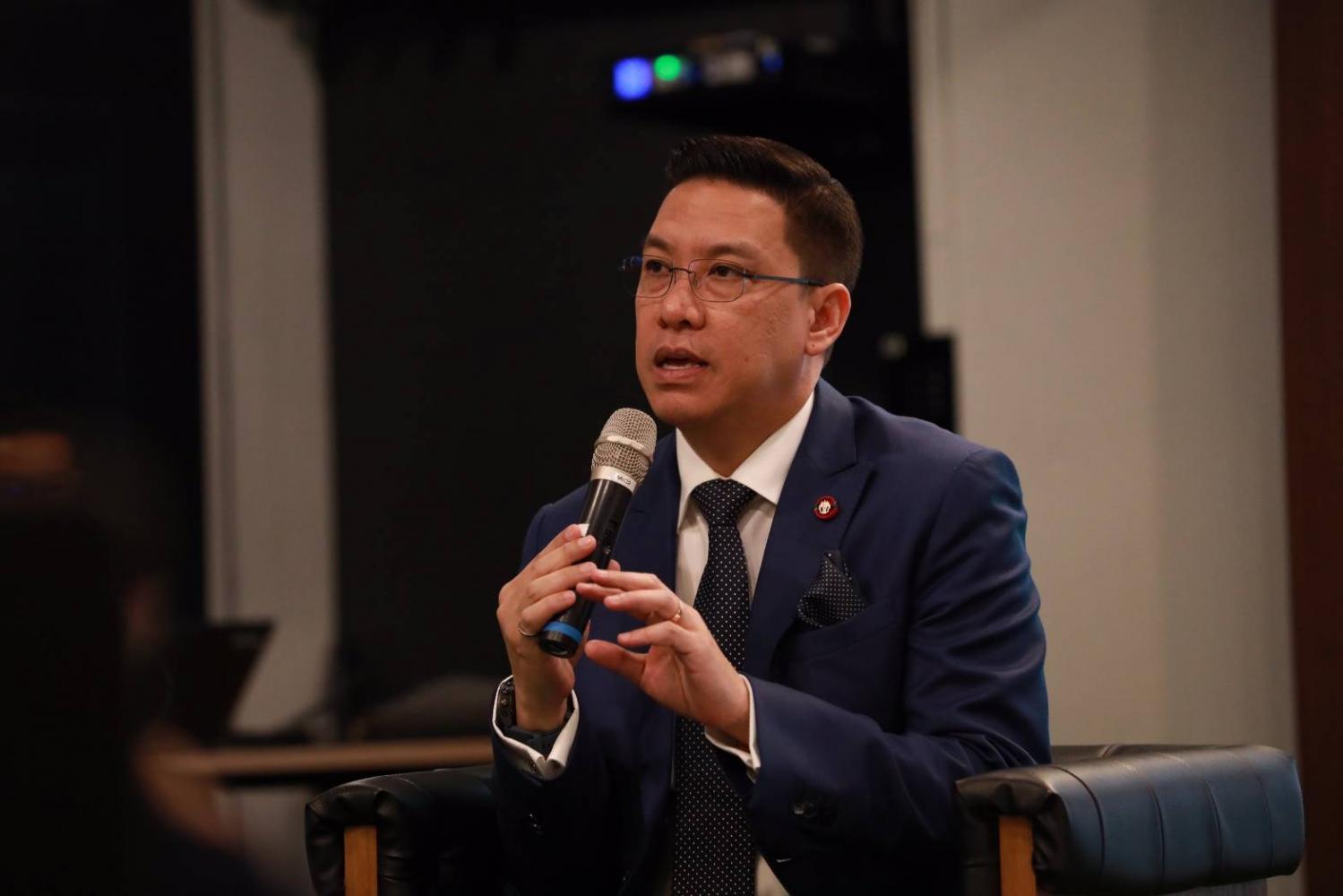 Buddhipongse: US firms curious