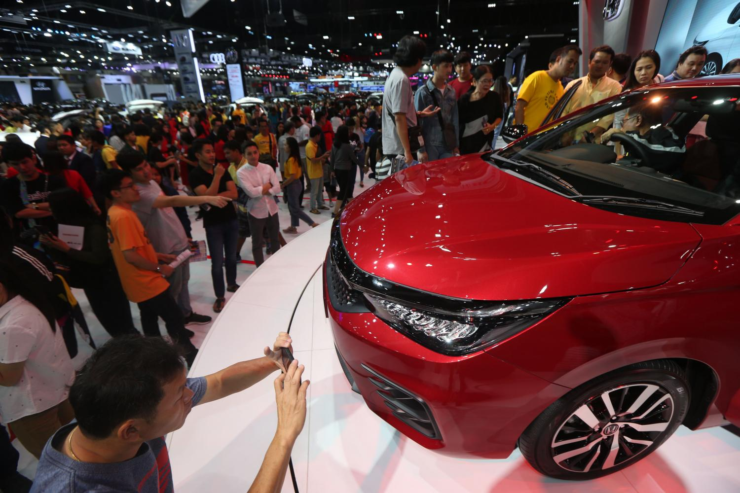 An exhibit at last year's Thailand International Motor Expo. The FTI expects car sales this year to plunge by 50% from 2019. (Photo by Varuth Hirunyatheb)