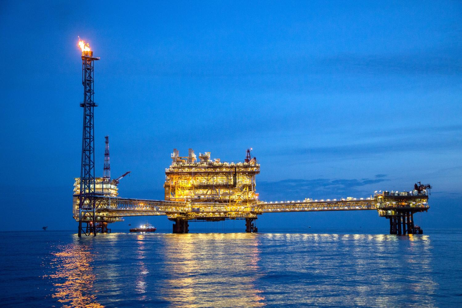 PTTEP's Bongkot offshore gas block in the Gulf of Thailand. A deep plunge in crude oil prices was the main factor causing listed firms' aggregate net profit to tumble by 58% year-on-year in the first quarter.
