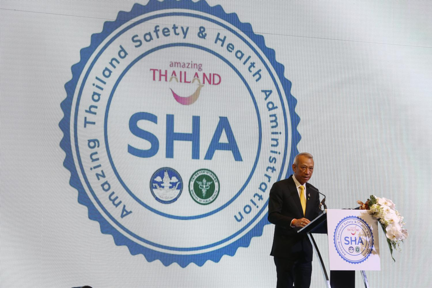 Mr Phiphat promotes the Amazing Thailand Safety & Health Administration. The initiative launched on Monday aims to boost confidence among domestic and international tourists about health and safety protocols. Pornprom Satrabhaya