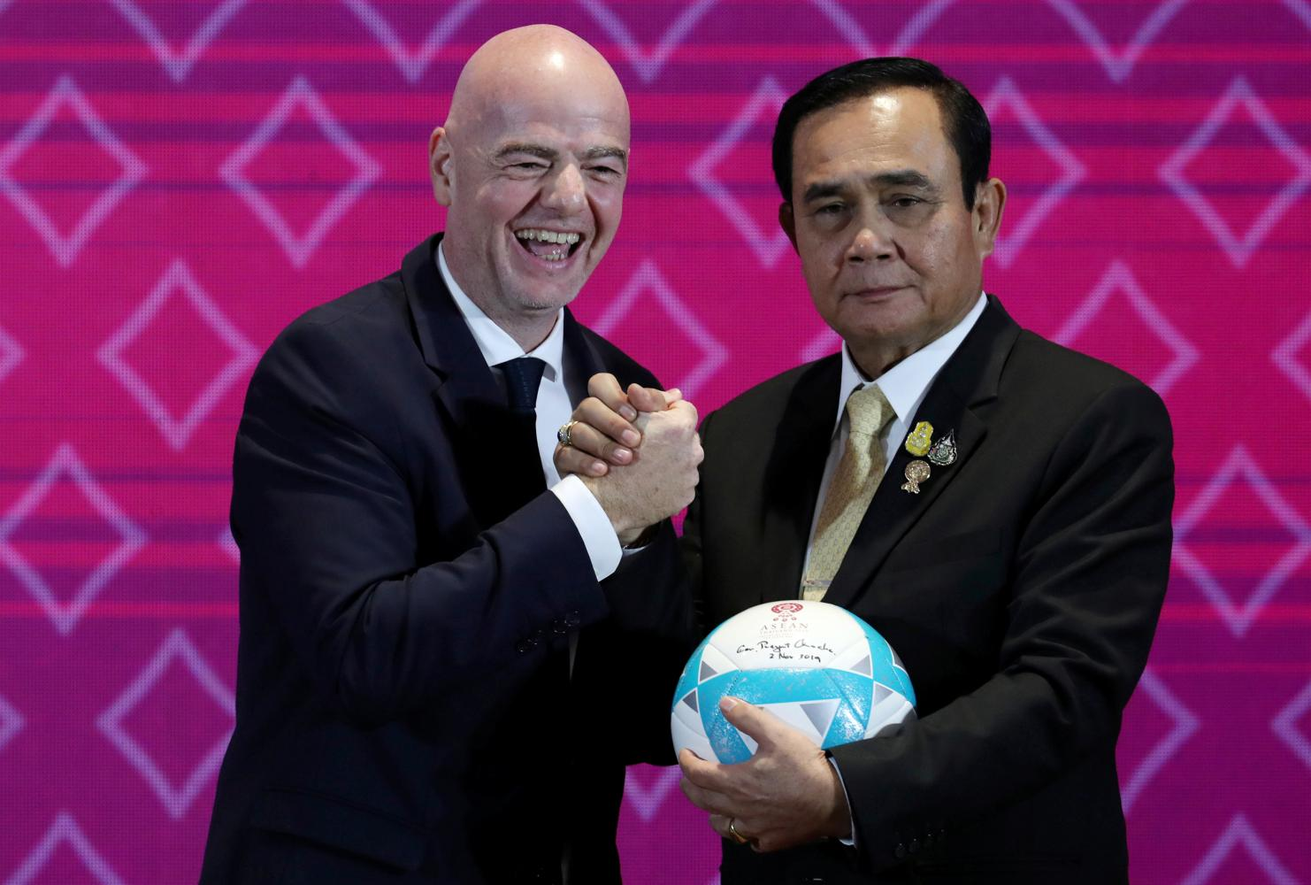 Prayut: 'I plead with everyone'