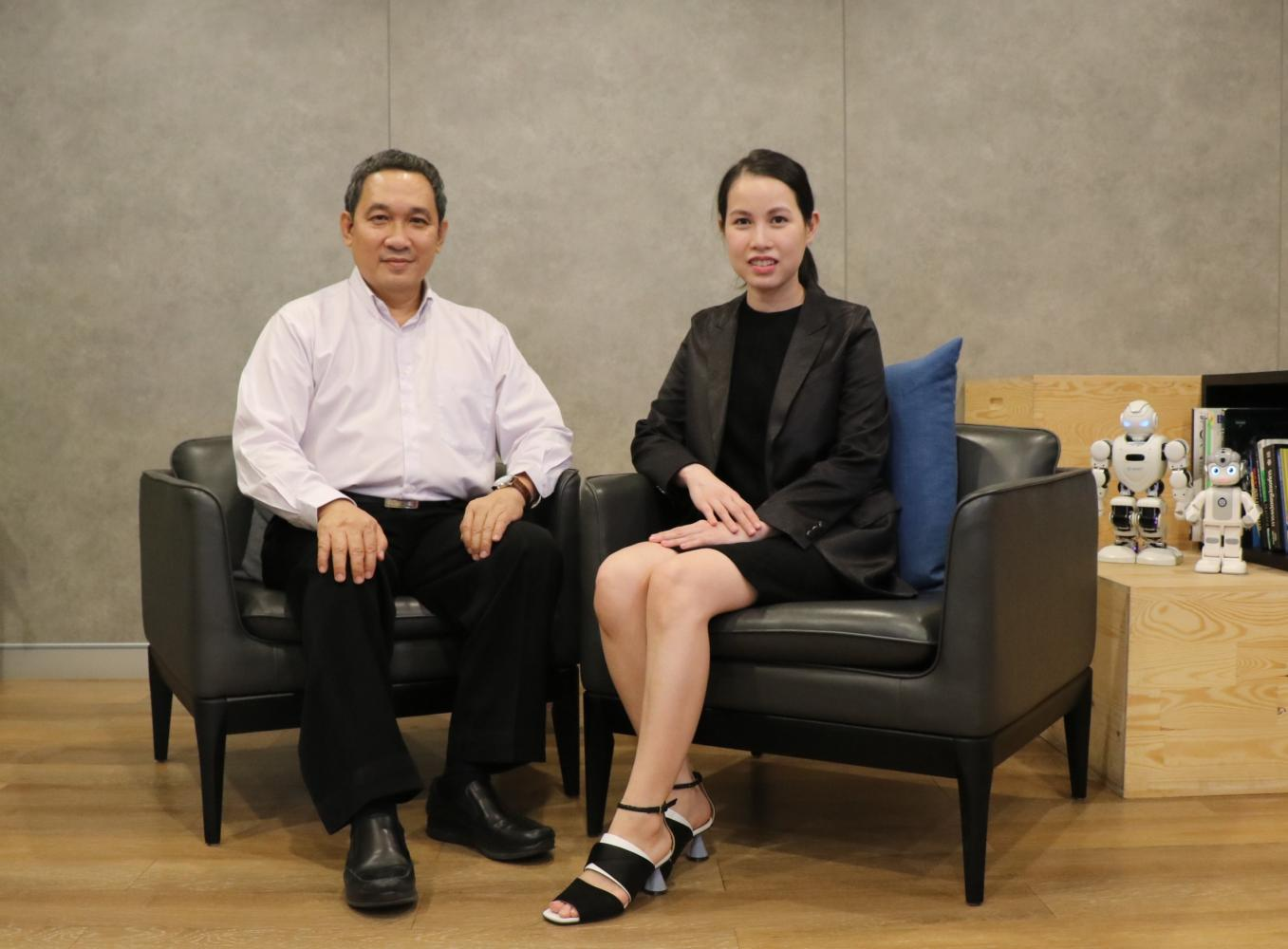 Ms Kulapa, right, and Mr Ananpol say SET-listed SVOA is diversifying its business to capture new digital trends such as cloud computing and biometric technology as more organisations transform operations.