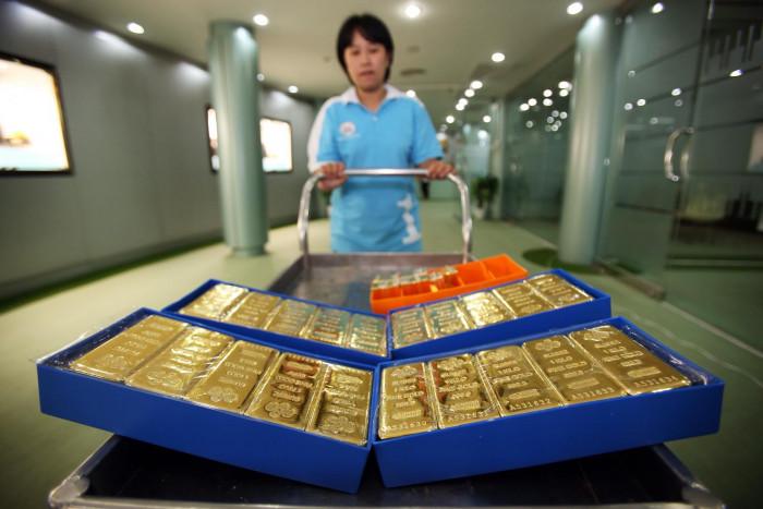Gold furthers record-high winning streak