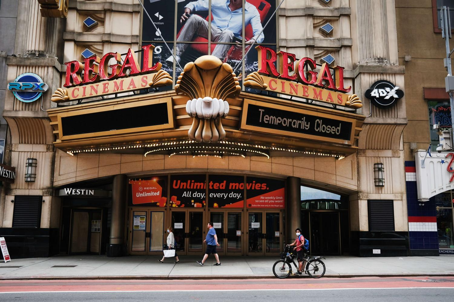 Regal Cinemas stands closed on New York City's 42nd Street in August.(Photo: AFP)