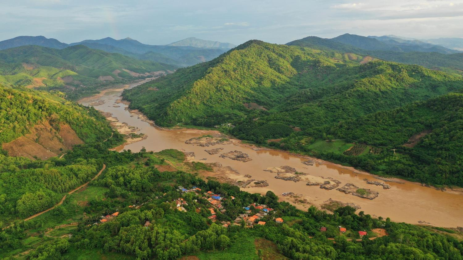 Fight for the Mekong gathers pace