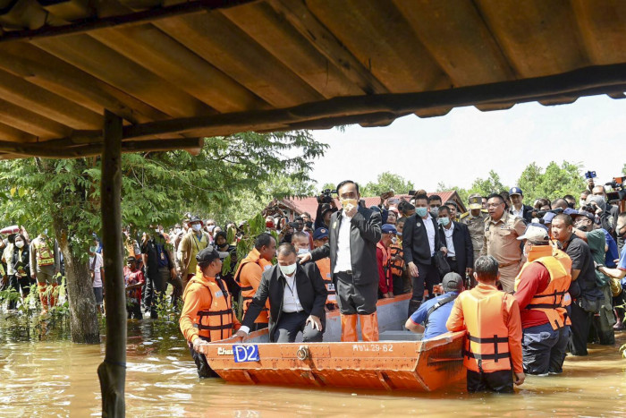 3 more dead in southern inundation