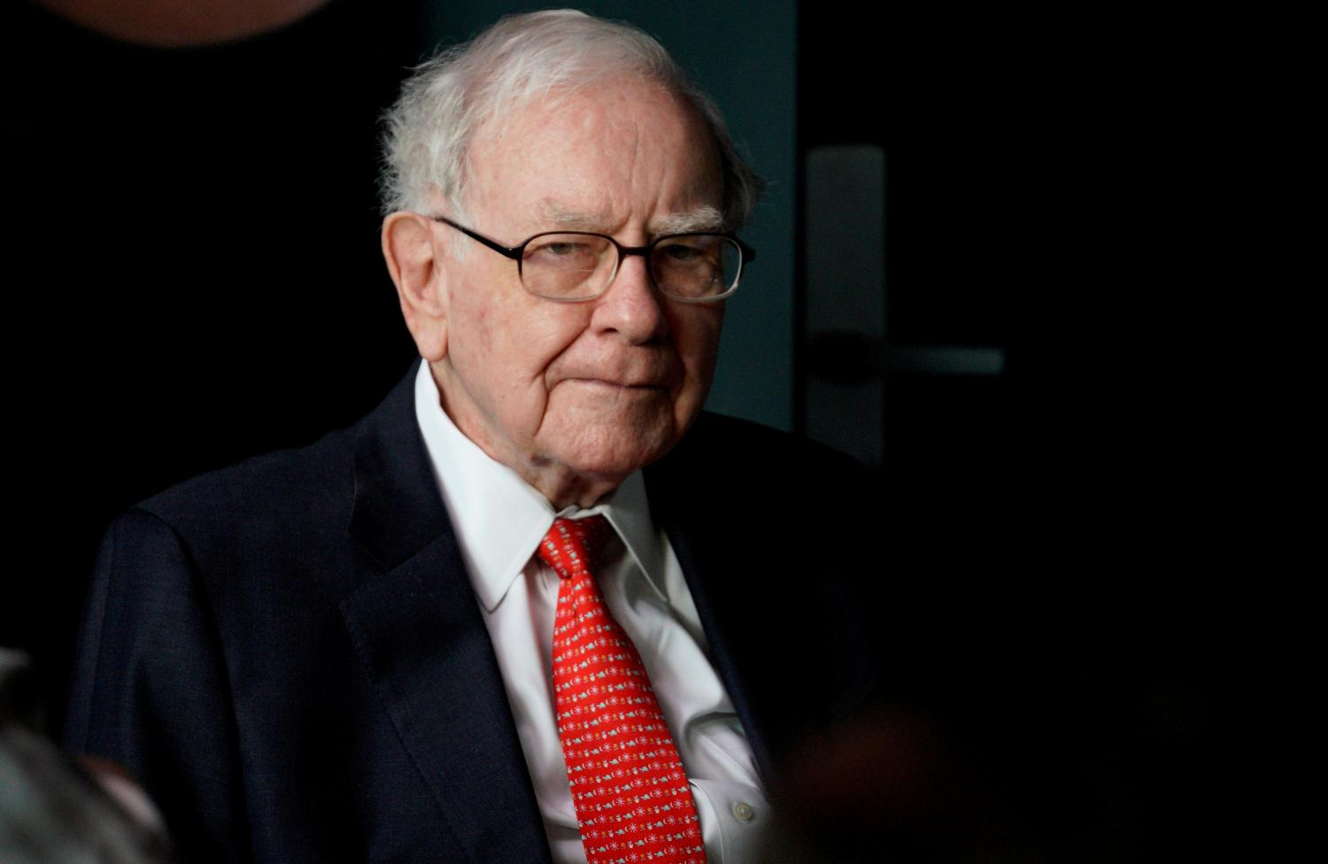 Warren Buffett spent about $6 billion taking 5% stakes in five Japanese investment companies. (Photo: Reuters)