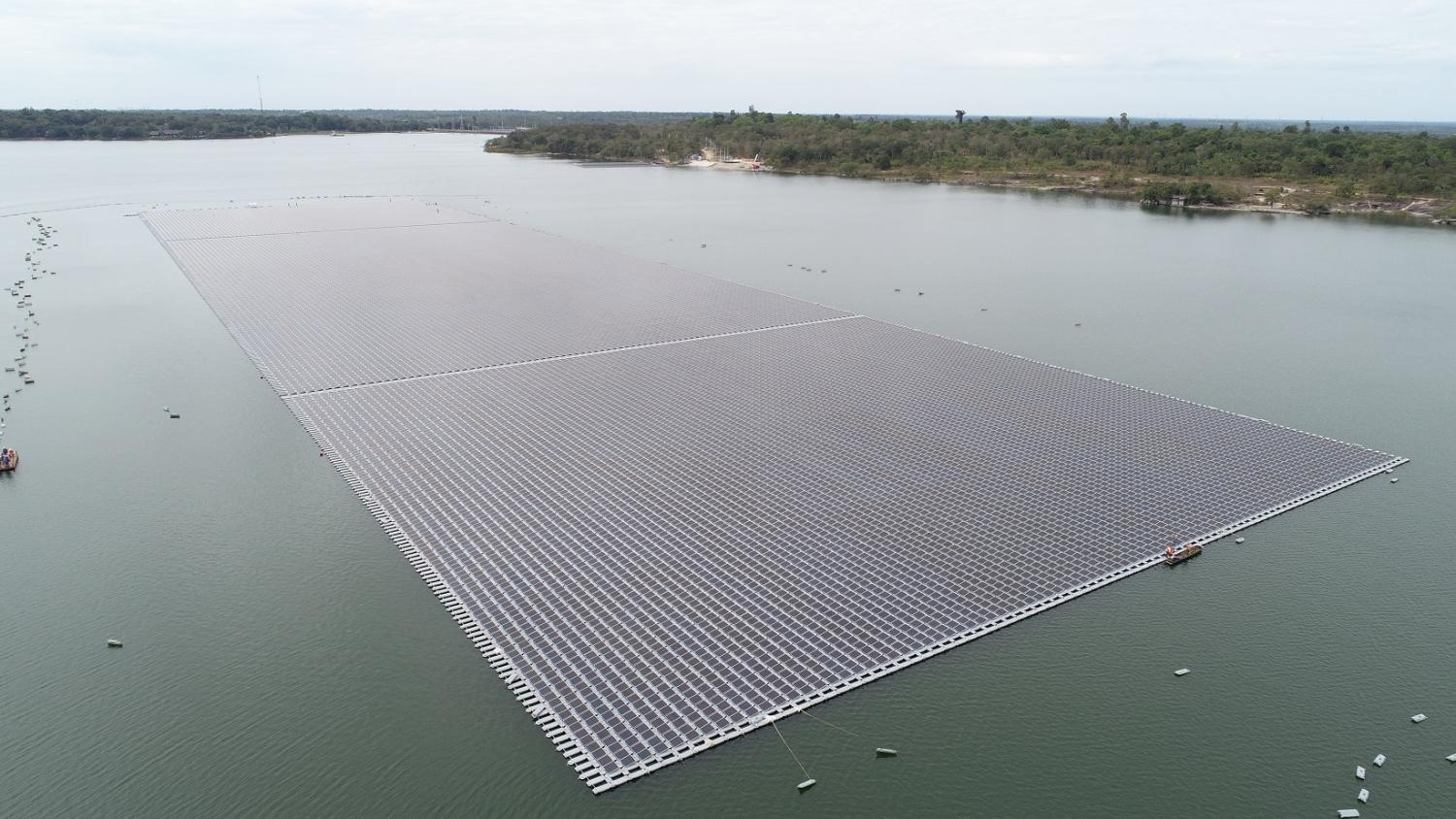 EGAT's floating solar power farm, with a capacity of 45 megawatts, at Sirindhorn Dam in Ubon Ratchathani province.