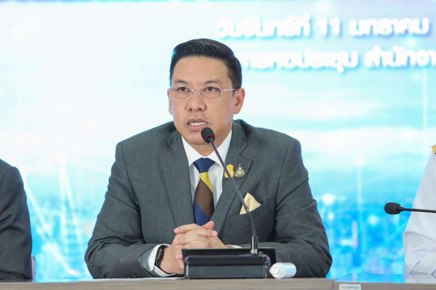 Mr Buddhipongse wanted NT to support the Thailand 4.0 scheme, provide telecom infrastructure for others with a neutral stance, and spin off its retail business for effective operation.
