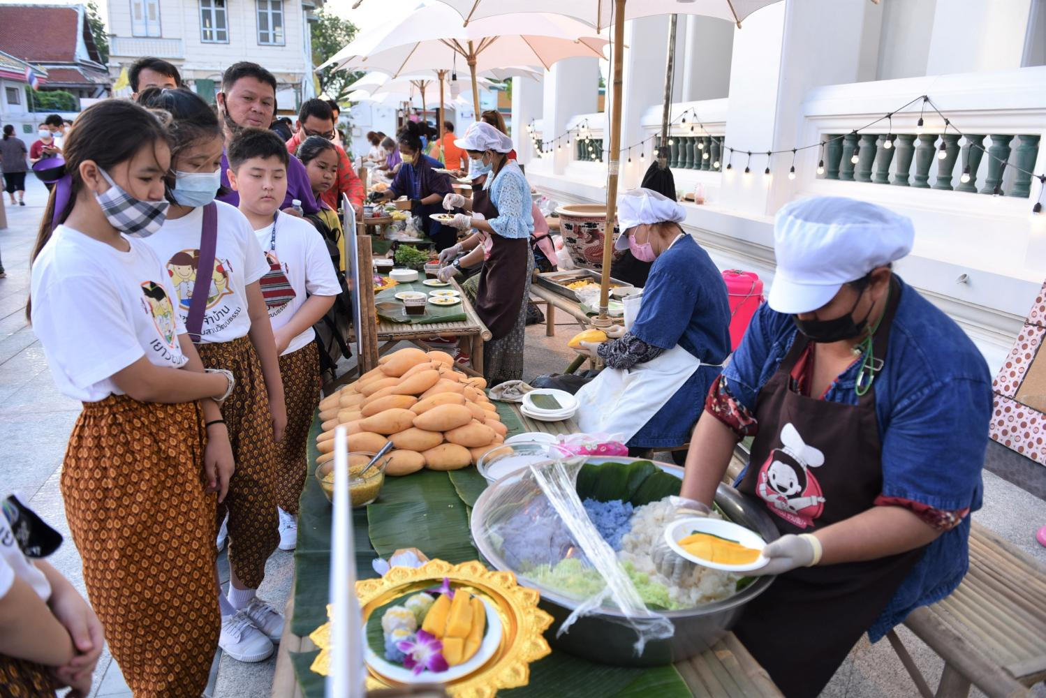 A more reverent Songkran takes shape on the Chao Phraya
