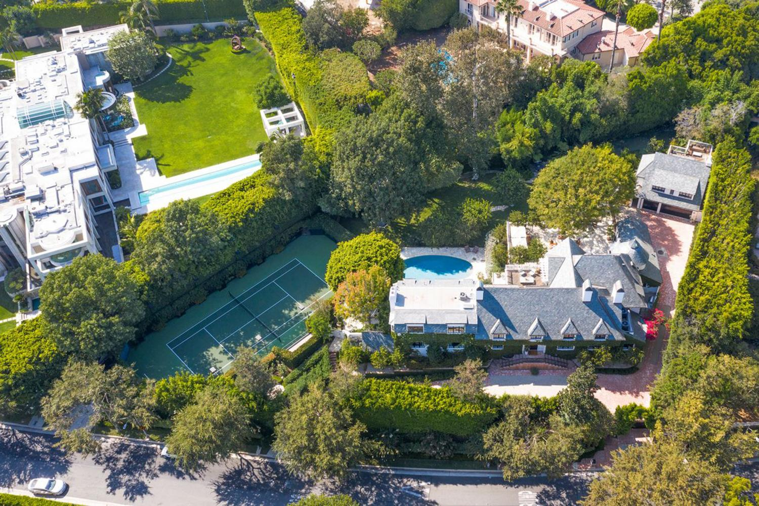 Ellen DeGeneres Sells Beverly Hills Home for Roughly $47 Million