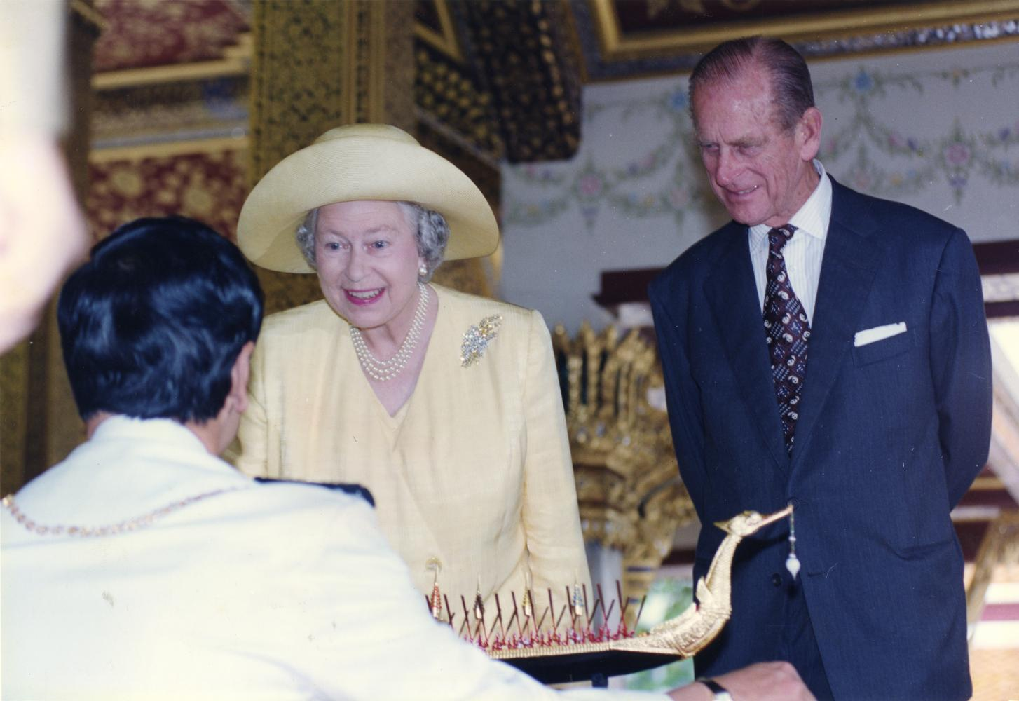 Queen Elizabeth and Prince Philip visit Thailand in October 1996, celebrating the 50th anniversary (Golden Jubilee) of His Majesty King Bhumibol Adulyadej The Great's accession to the throne in the same year.(Bangkok Post Photo)