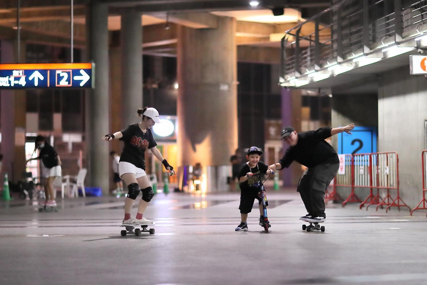 Surf skate craze comes to Impact Arena