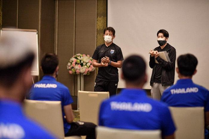 Absent duo dropped from national team