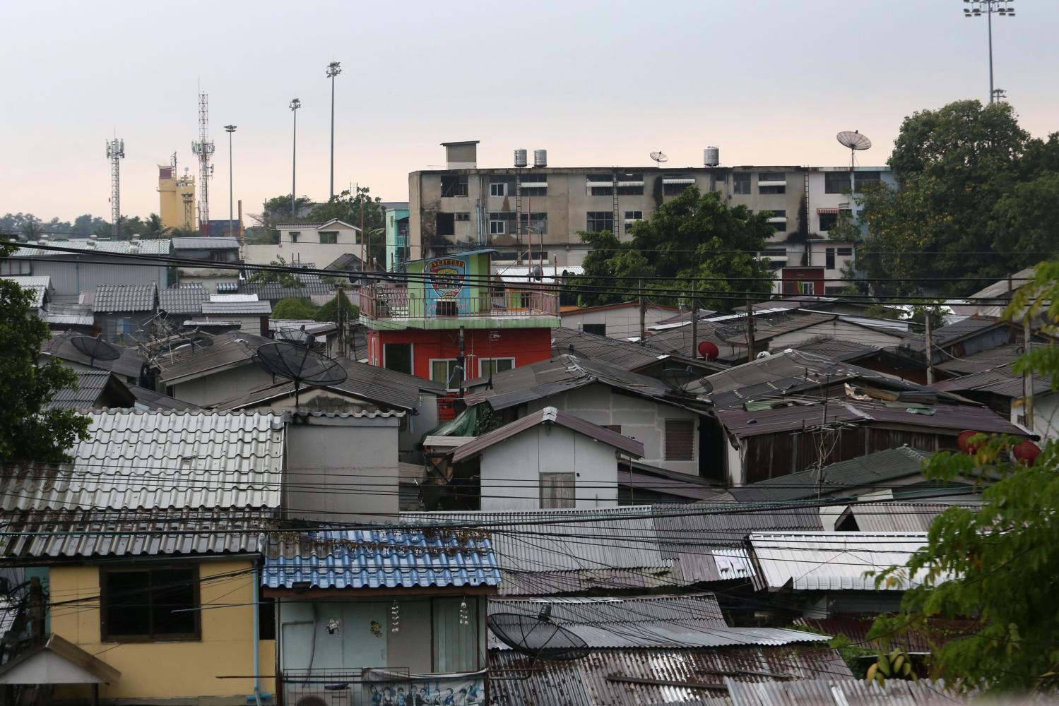 The Kloen Toey slum, with up to 1.2 million dwellers, is a new hotbed for Covid-19 infections.