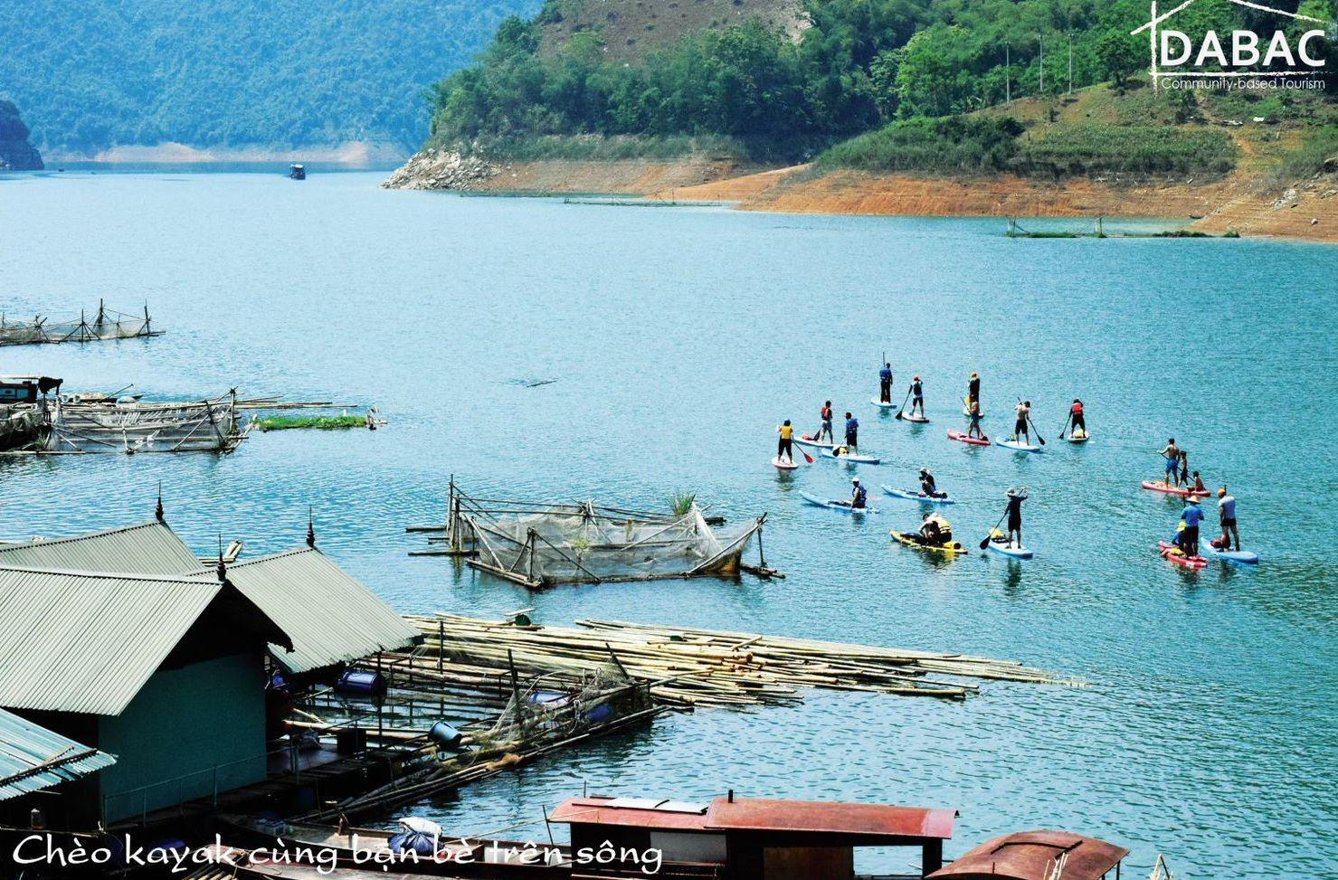 Da Bac district in Hoa Binh province of northwestern Vietnam offers a variety of activities from kayaking to trekking, appealing views of terraced rice paddies, and simple but comfortable homestay accommodation. (Photos courtesy of Da Bac Community-based Tourism)