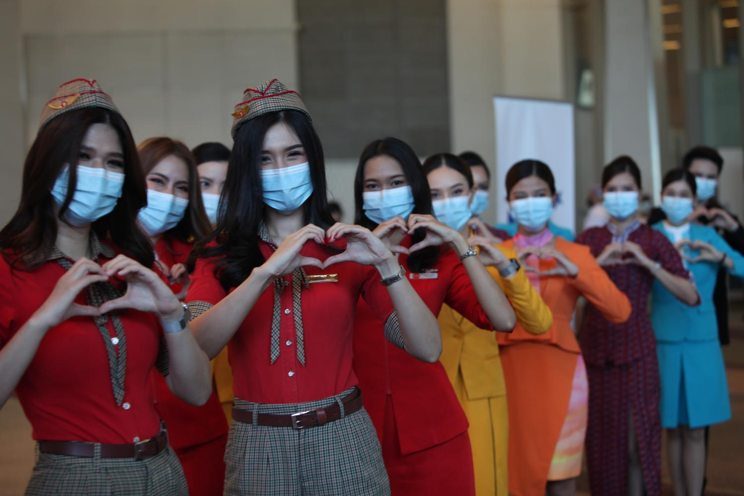 The Airlines Association of Thailand yesterday launched a vaccination programme for employees from seven airlines in Thailand. The five-day event is being held at the Paragon Hall of Siam Paragon department store.Apichart Jinakul
