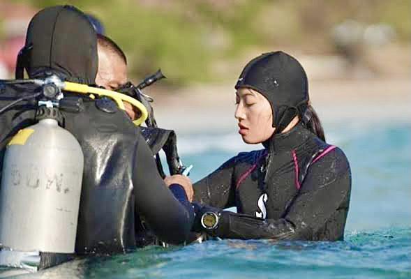 Her Royal Highness Princess Sirivannavari Nariratana Rajakanya teaches diving as part of a navy SEAL course.The Royal Thai Navy photo