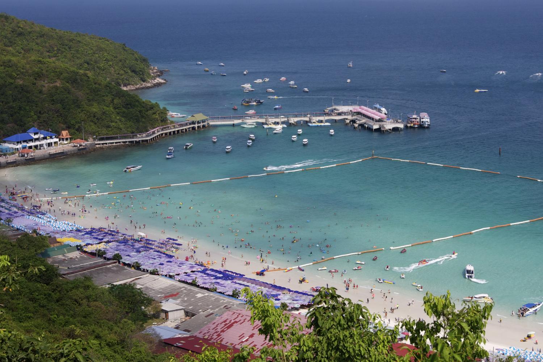 Koh Lan welcomes back tourists