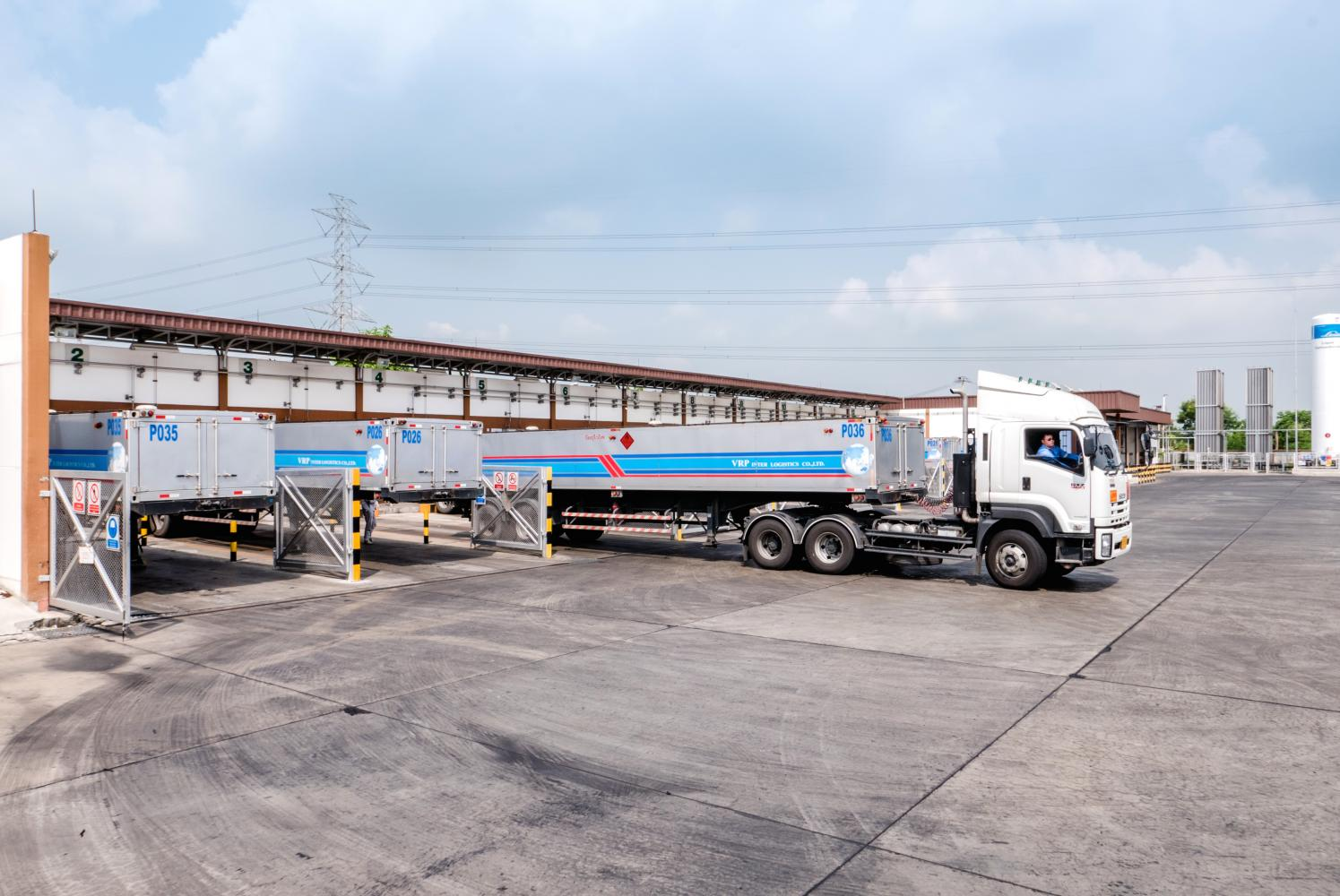SKE provides service transporting compressed natural gas using trucks. The company plans to allocate capital spending worth more than 300 million baht this year.