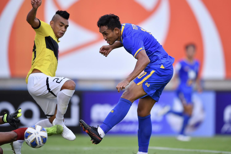 Pathum United keep Thai hopes alive with big win