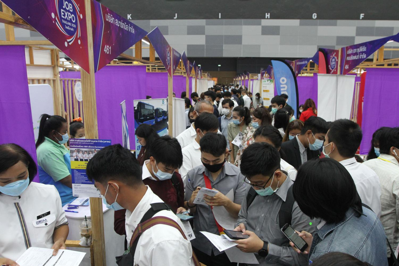 People explore employment opportunities at a job expo held last year.Wichan Charoenkiatpakul
