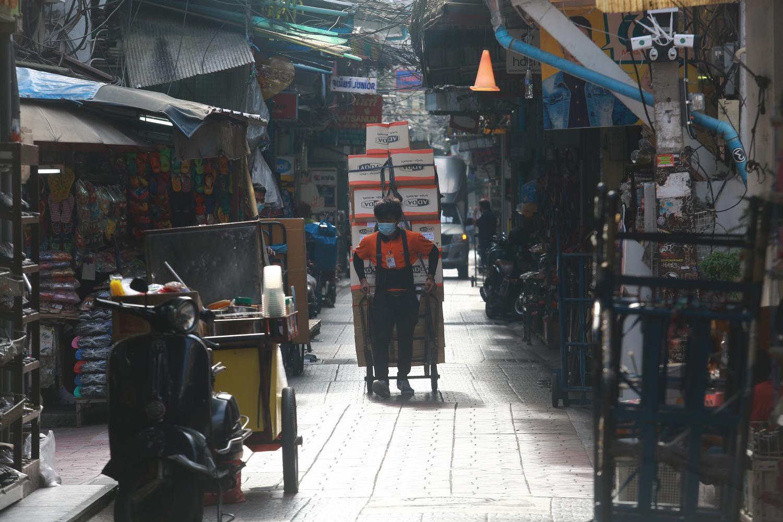 The atmosphere at Bangkok's Sampeng market remains quiet during the pandemic. (Photo: Somchai Poomlard)