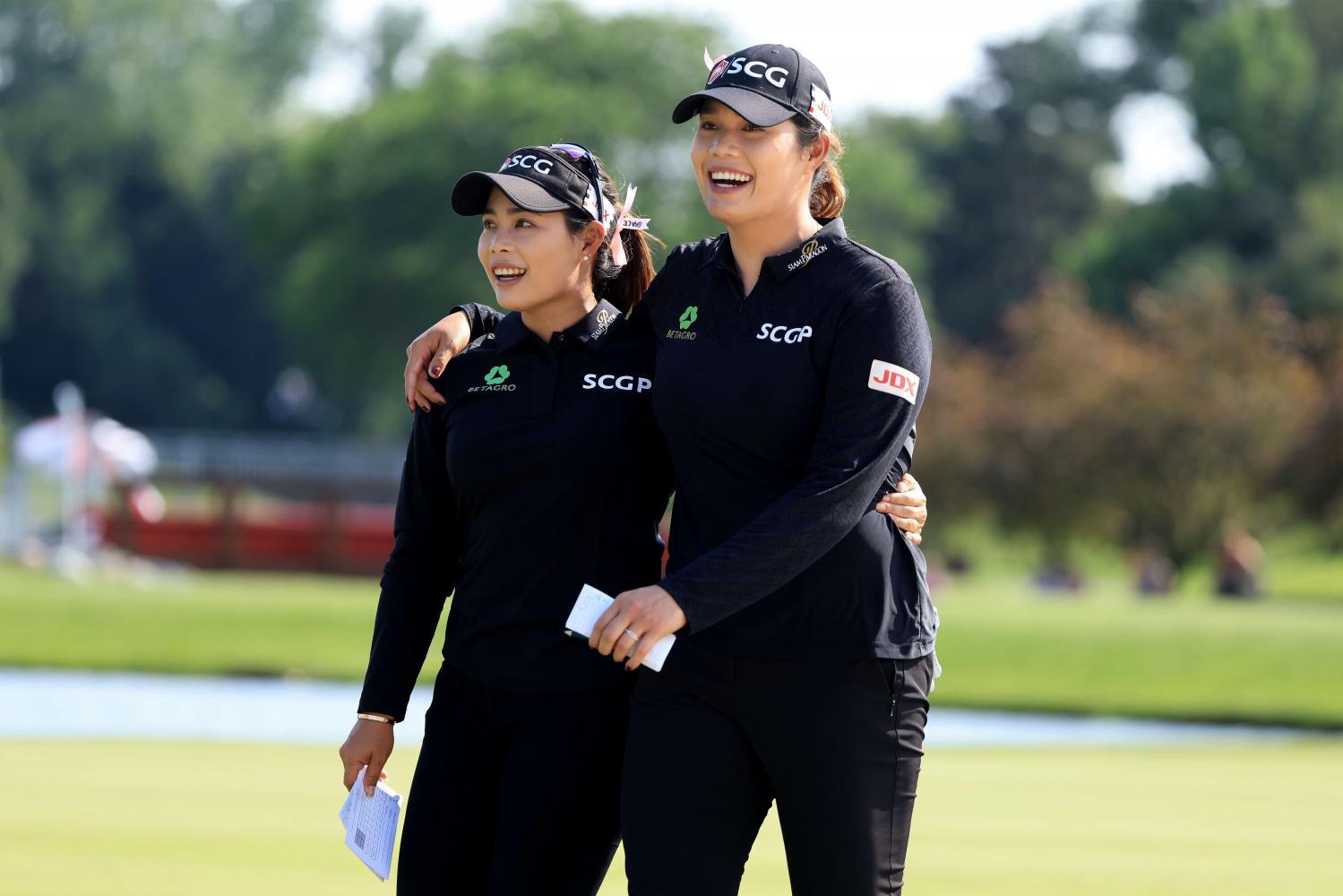 Moriya (left) and Ariya Jutanugarn celebrate after winning the Great Lakes Bay Invitational in Michigan on Sunday.(AFP photo)