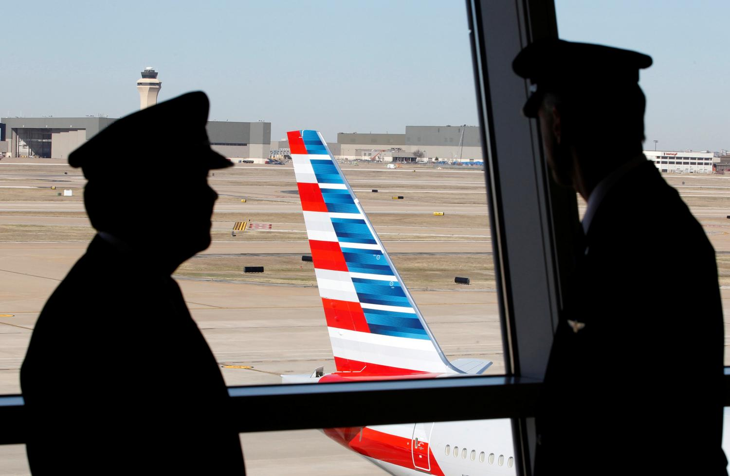 American Airlines, Southwest Lifted by Recovering Demand and Government Aid
