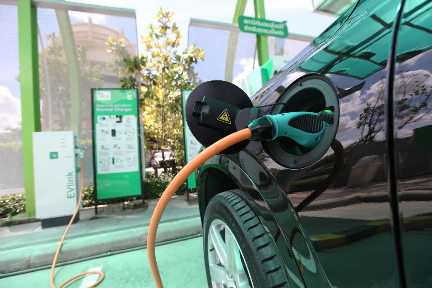 Draft of new tax for EV industry on track