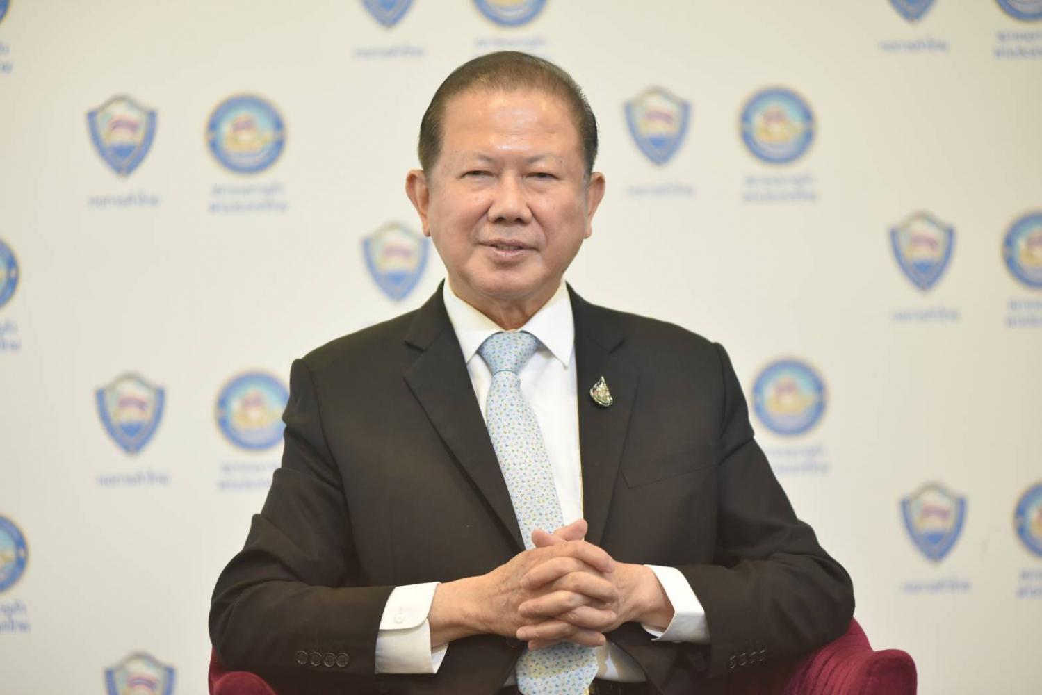 State urged to hurry jabs, tighten checks