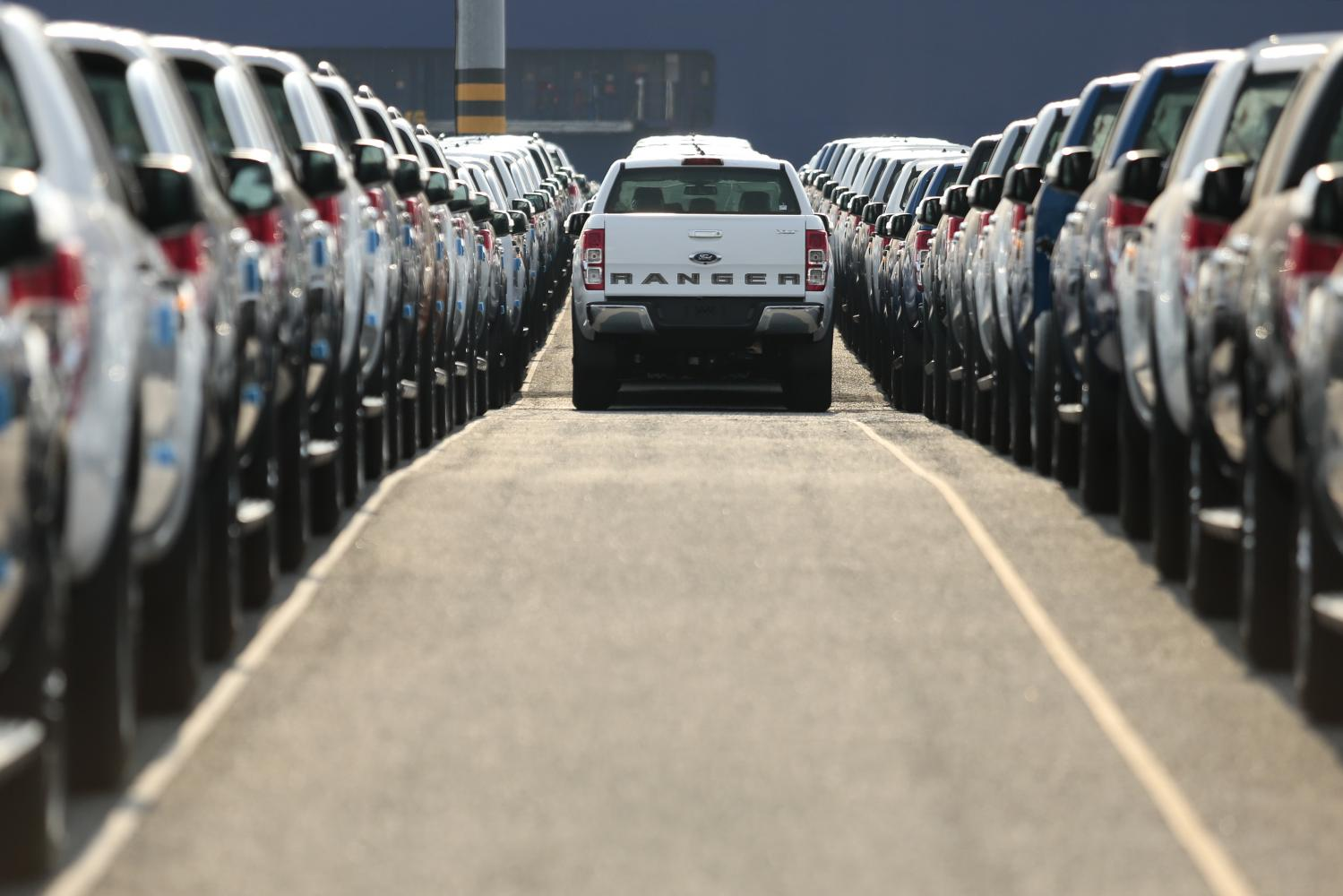 New cars are lined up for export from Laem Chabang deep-sea port in Chon Buri.(Photo: Patipat Janthong)