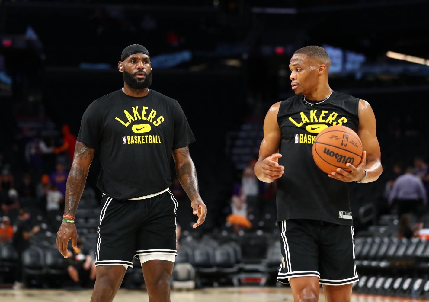 It might be now or never for old, experienced LA Lakers