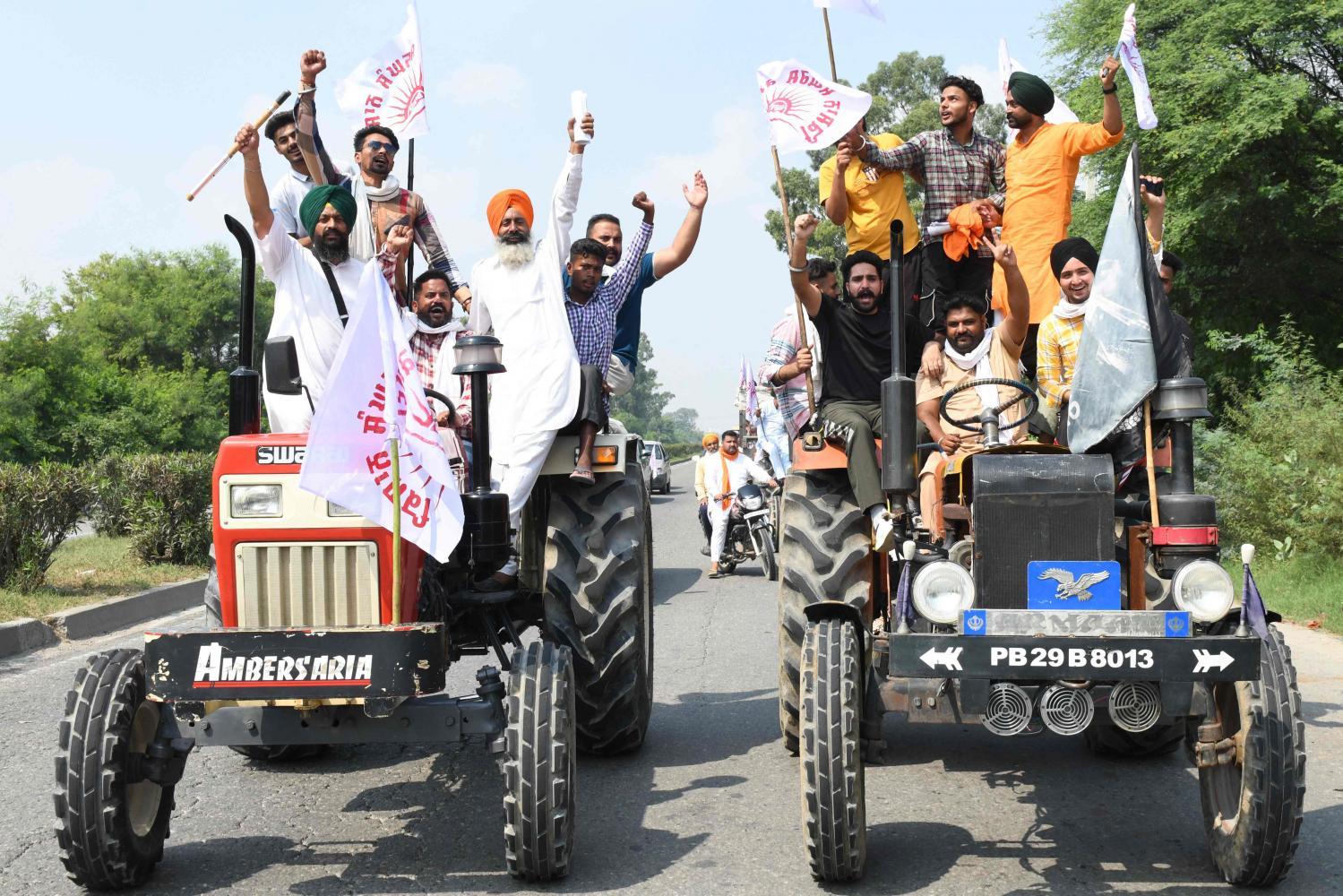 India farmer protests gain momentum