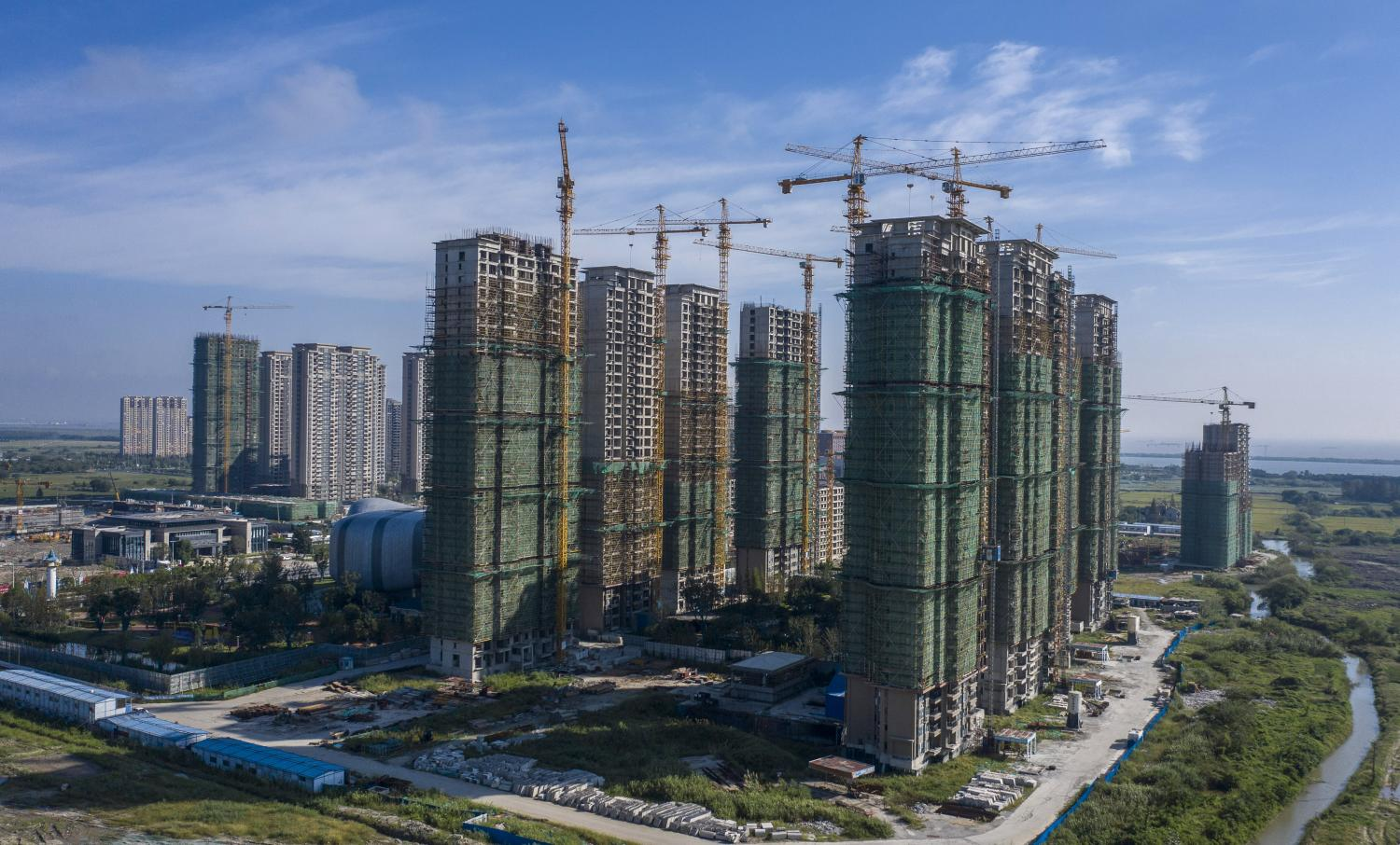 Xi Faces Resistance to Property Tax Planned to Combat Bubble